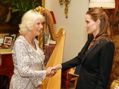 Photos - Angelina Jolie sous l'influence de Camilla Parker Bowles ?