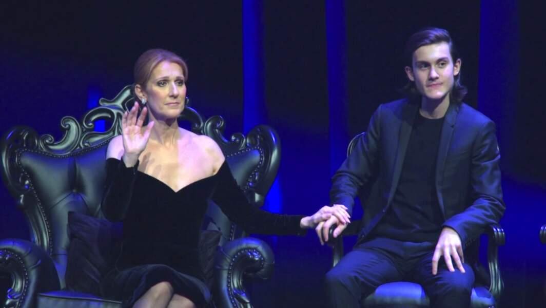 Celine Dion et René-Charles lors d'un hommage à René Angélil au Caesar's Palace de Las Vegas le 4 février 2016