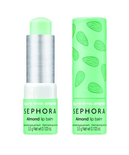 Step 2 : Une texture tendre pour le Lip Balm Almond, Sephora Soin, 4,95 €.