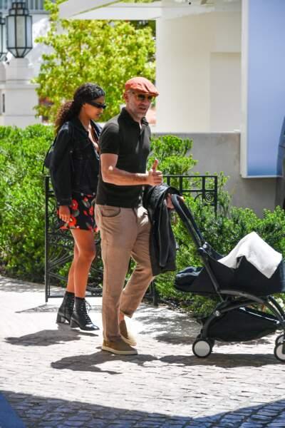 Tina Kunakey et Vincent Cassel ont tout l'air d'être des parents comblés depuis qu'ils ont accueilli Amazonie