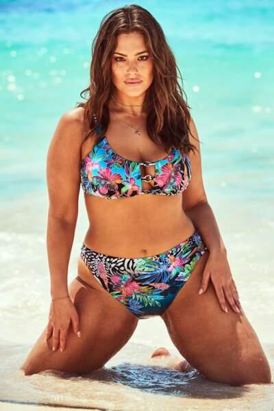 Célèbre top XL, Ashley Graham a développé cette ligne dédiée aux grandes tailles, il y a 4 ans