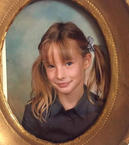 A l'inverse de papa, Ilona a fait ses premiers pas aux USA, mais a grandi en France à partir des années 2000.