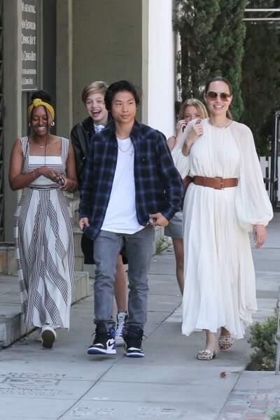Angelina Jolie a été aperçue avec ses enfants à Los Angeles, ce lundi 2 septembre