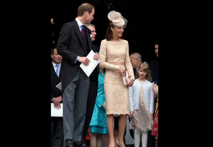Sa robe en dentelle nude Alexander McQueen lors du jubilée en juin 2012