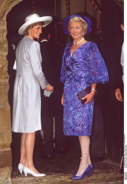 Après l'avoir abadonnée enfant, Frances Burke-Roche, la mère de Diana, s'était réconciliée avec elle.