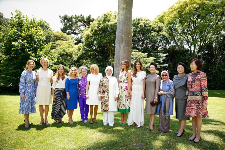 La première dame argentine Juliana Awada accueille les premières dames du monde entier, dont Brigitte Macron