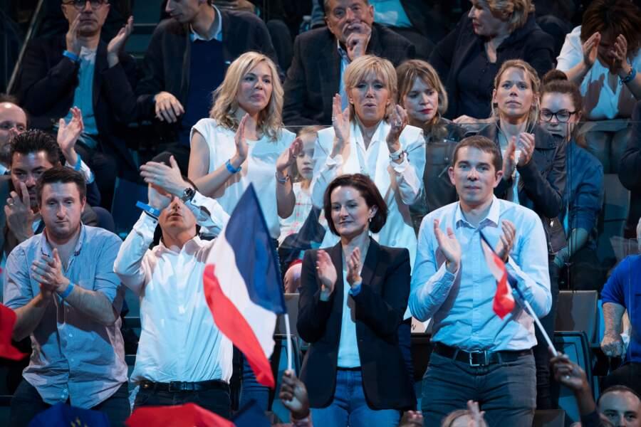 Emmanuel Macron soutenu par les siens