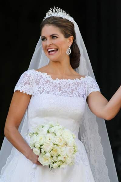 Mariage de la princesse Madeleine (en robe Valentino) avec Chris O'Neill au Palais Royal a Stockholm le 8 juin 2013