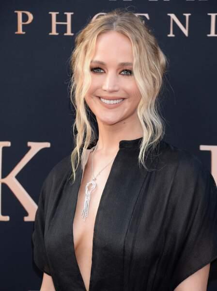 Le chignon lâche de Jennifer Lawrence