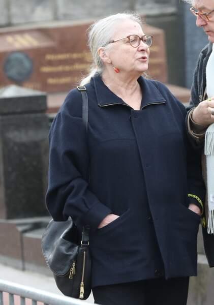 Josiane Balasko lors des obsèques de Véronique Colucci