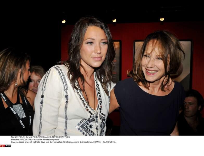 2010 : Laura Smet et Nathalie Baye partagent les mêmes pomettes hautes
