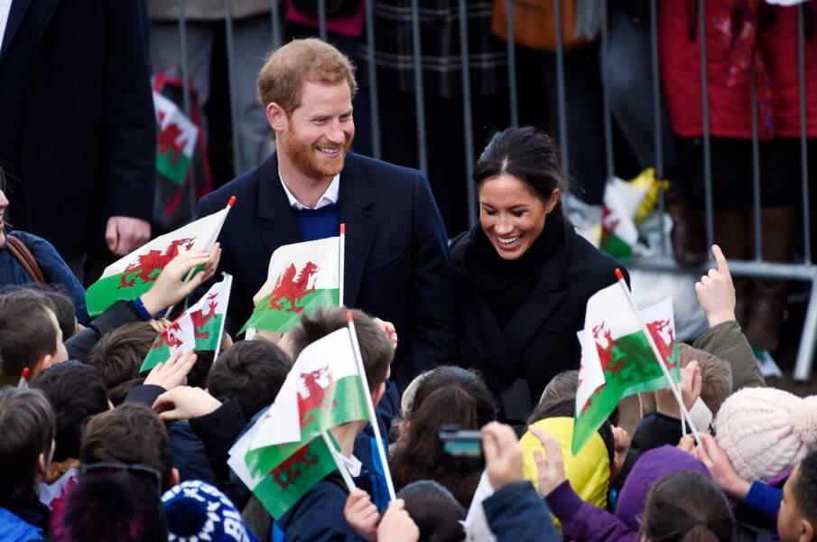 Le prince Harry et Meghan Markle face à la foule, le 18 janvier 2018.
