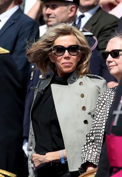 Brigitte Macron assiste aux fêtes de Jeanne d'Arc à Orléans le 8 mai 2016