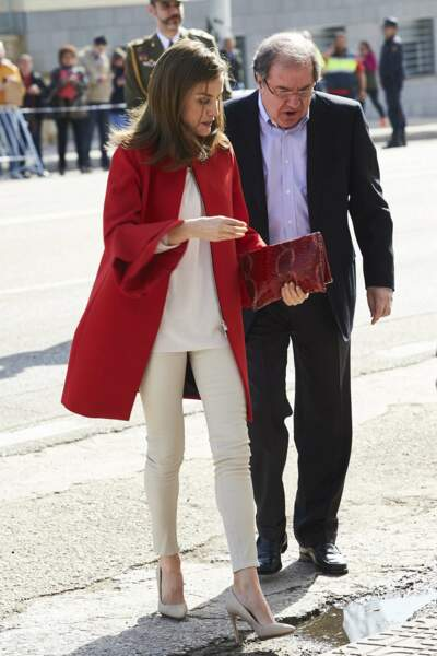 Letizia d'Espagne dans une veste Zara, à 89,95 euros