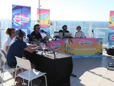 Bruno dans la radio à Ibiza