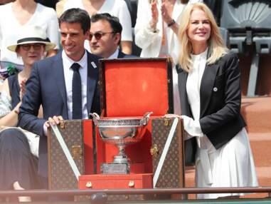 Nicole Kidman radieuse à Roland-Garros, l'actrice a présenté le trophée