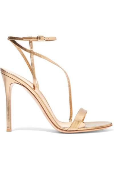 Sandales à talons en cuir métallisées, Gianvito Rossi - 595€