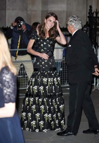 Kate Middleton portait  modèle de la collection Resort 2016...