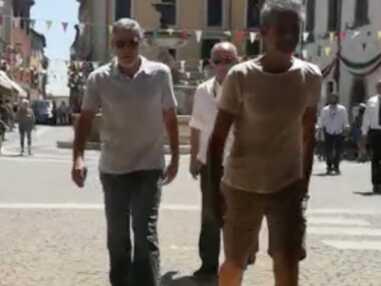Photos - George Clooney remis sur pied après son accident