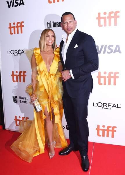 Sur le tapis rouge ce 7 septembre, Jennifer Lopez pouvait compter sur le soutien de son fiancé Alex Rodriguez