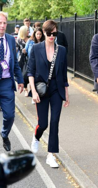 Charlize Theron arrive pour assister à la finale homme du tournoi de Wimbledon à Londres, le 14 juillet 2019.