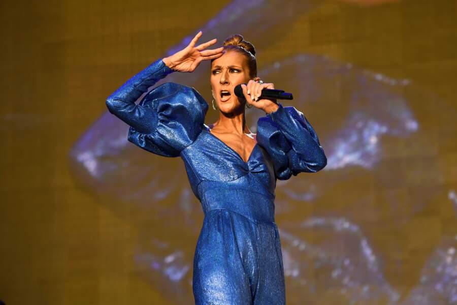 Céline Dion rayonnait comme jamais dans cet outfit pas comme les autres aux manches bouffantes