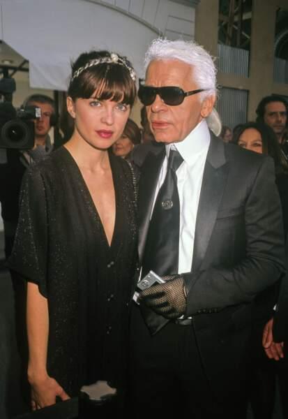 Cécile Cassel and Karl Lagerfeld au défilé Chanel au Grand Palais en 2018