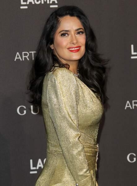 Un brushing glamour comme Salma Hayek