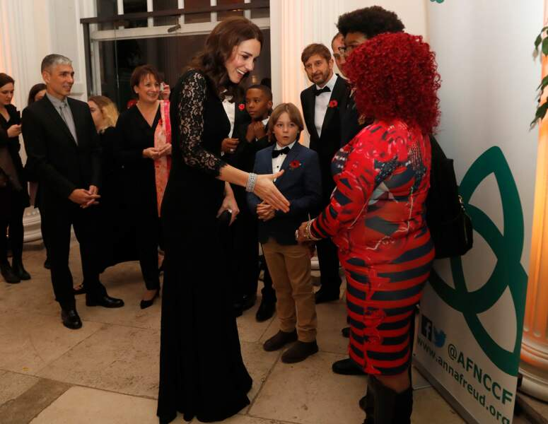 Kate Middleton très élégante dans cette robe longue Diane von Furstenberg qu'elle a déjà portée enceinte