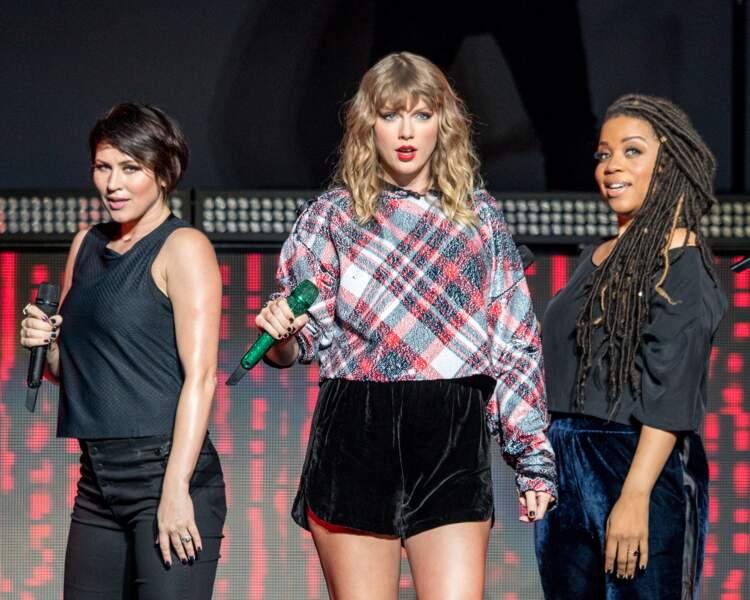 Les longueurs frisées de Taylor Swift