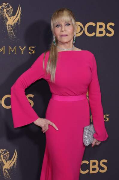 Jane Fonda assume la queue-de-cheval haute façon Ariana Grande.