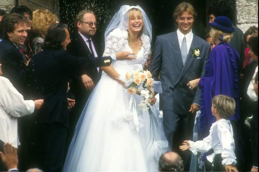 David Hallyday et Estelle Lefébure lors de leur mariage en 1989
