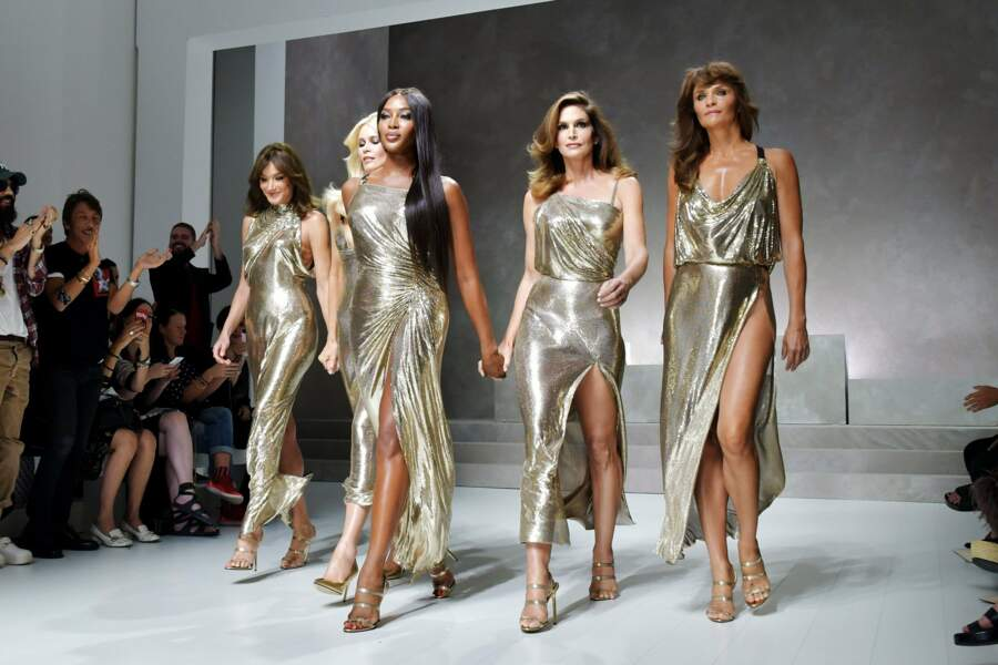 Des corps de rêve, des noms qui font rêver au défilé Versace