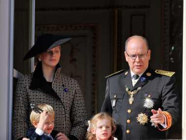 PHOTOS – Quand le fils de Albert de Monaco et Charlene fait des bêtises sur le balcon du palais de Monaco