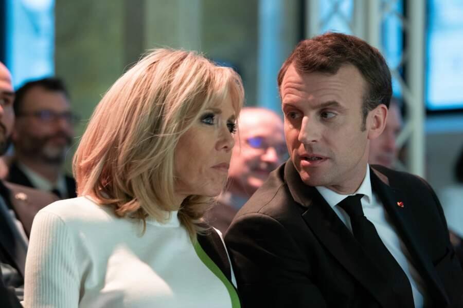 Brigitte et Emmanuel Macron, discussion au Collège des Bernardins