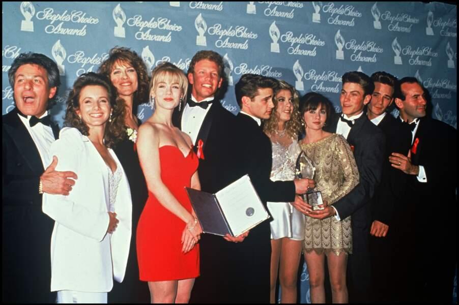 Les acteurs de la série Beverly Hills à la soirée des People Choice Awards en 1992