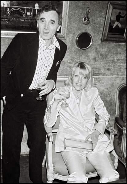 Charles Aznavour et sa femme Ulla à l'Olympia en 1980