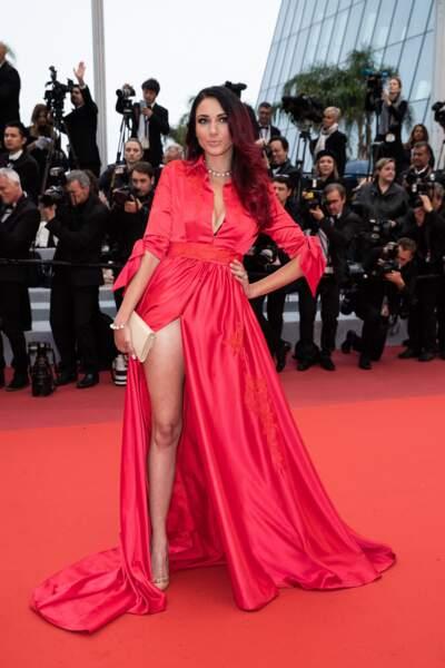 Delphine Wespiser a subjugué les photographes avec sa robe signée Christophe Guillarmé à Cannes, le 18 mai 2019
