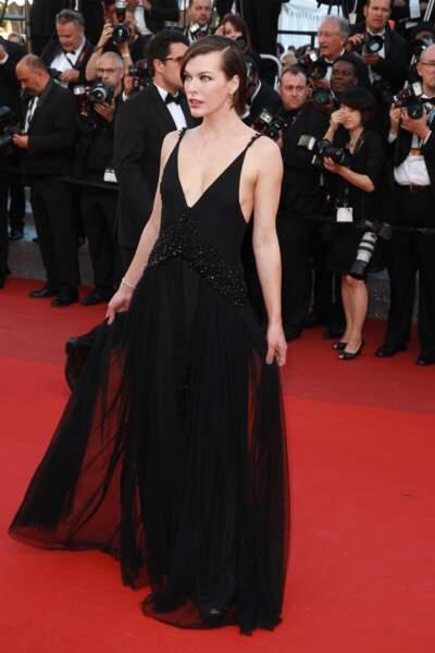 Milla Jovovich coiffée par Dessange