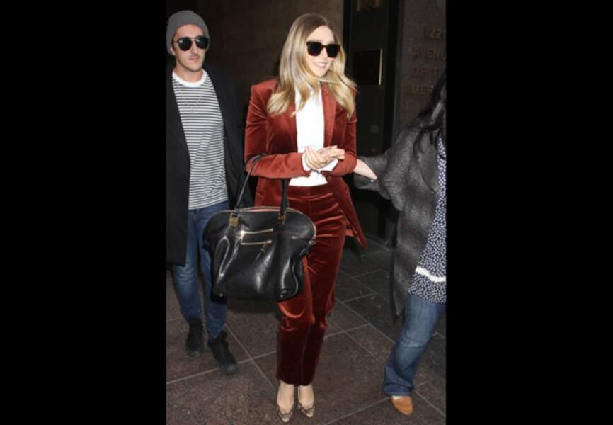 Elizabeth Olsen, version cuivre raffiné
