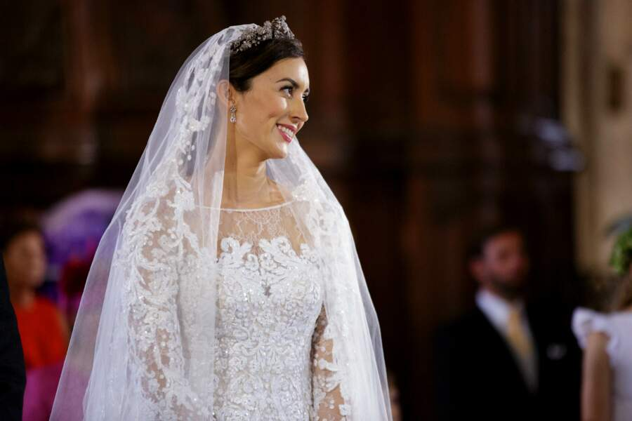 Claire Lademacher (en Elie Saab) lors de son mariage à Saint-Maximin-la-Sainte-Baume le 21/09/13