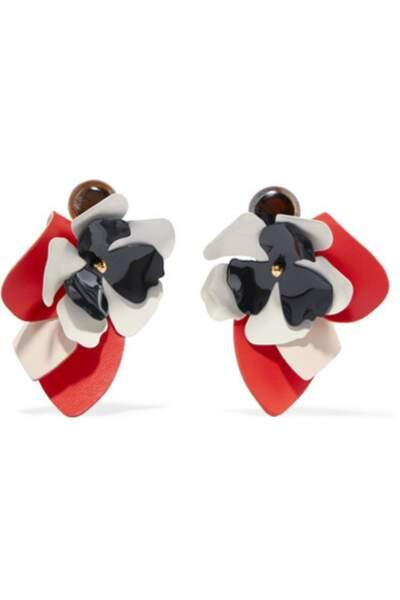 Boucles d'oreilles clip en cuir, acier et corne, Marni, 310€