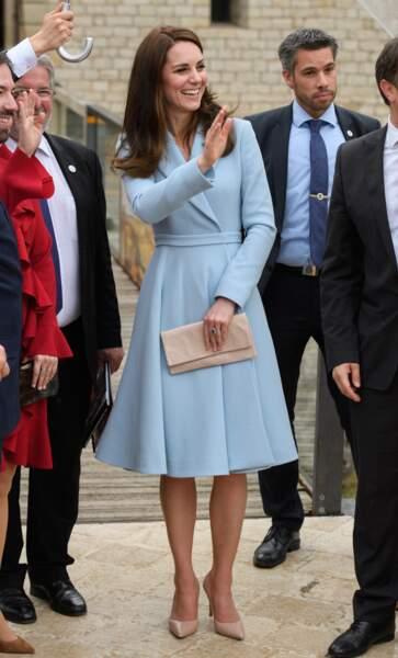 Une couleur qu'affectionne aussi Kate Middleton, ici en visite au Luxembourg, en 2017.