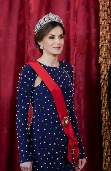 La reine Letizia d'Espagne au look sublime