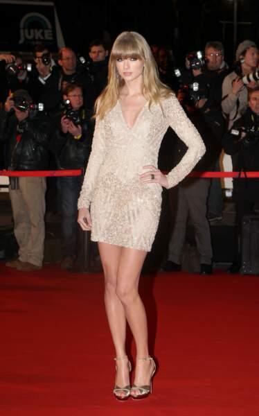 Taylor Swift sur le tapis rouge des NRJ Music Awards au Palais des Festivals a Cannes le 26 Janvier 2013