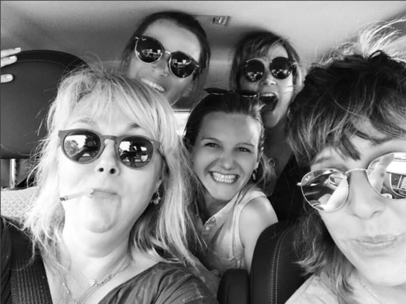 Valérie Damidot et sa bande de filles en voiture