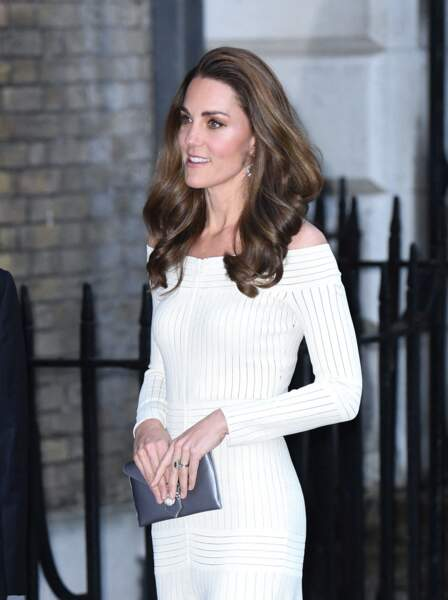 Kate Middleton très élégante dans une robe Barbara Casasola à Londres, le 12 juin 2019