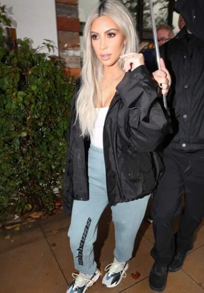 Kim Kardashian a été parmi les premières à adopter le blond polaire