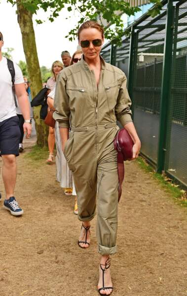 Stella McCartney, la créatrice favorite de Meghan Markle, a opté pour la combipantalon