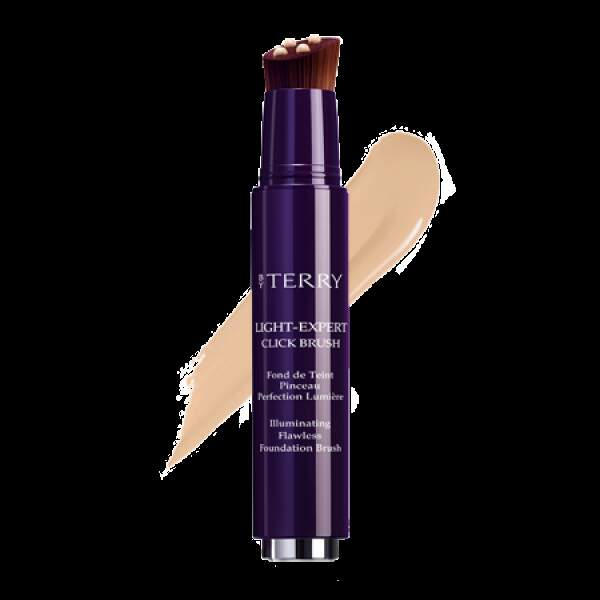 Le Fond de Teint Click and Brush By Terry, la garantie d'un teint parfait.